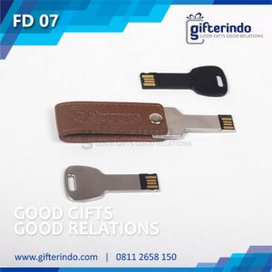 FD07 Flashdisk Kunci Metal Kulit Custom