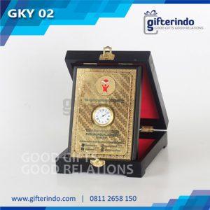 GKY02 Plakat Kayu Penghargaan