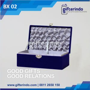 Box Beludru Satin