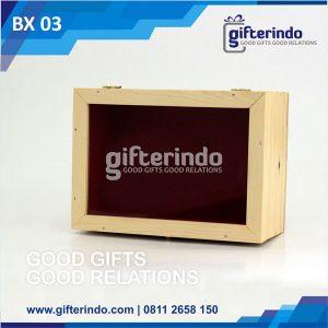 Box Kayu Akrilik