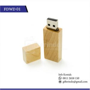 Flashdisk Kayu Custom Grafir Logo