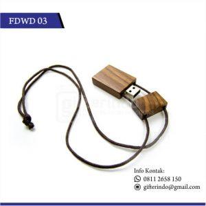 Flashdisk kayu tali